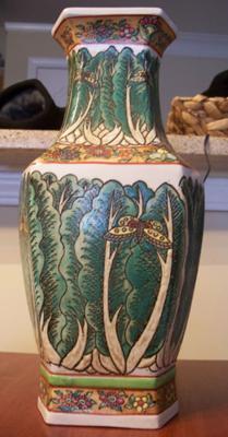 vase full pic