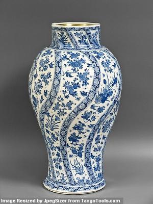 B&W Vase