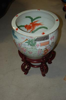 Chinese porcelain fish bowls planters for Chinese fish bowl planter
