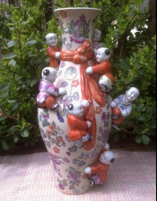 Vase full image